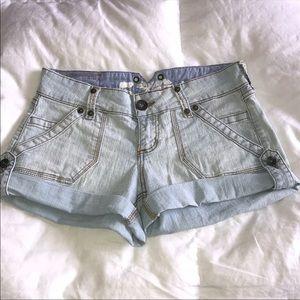 579 light blue Jean shorts